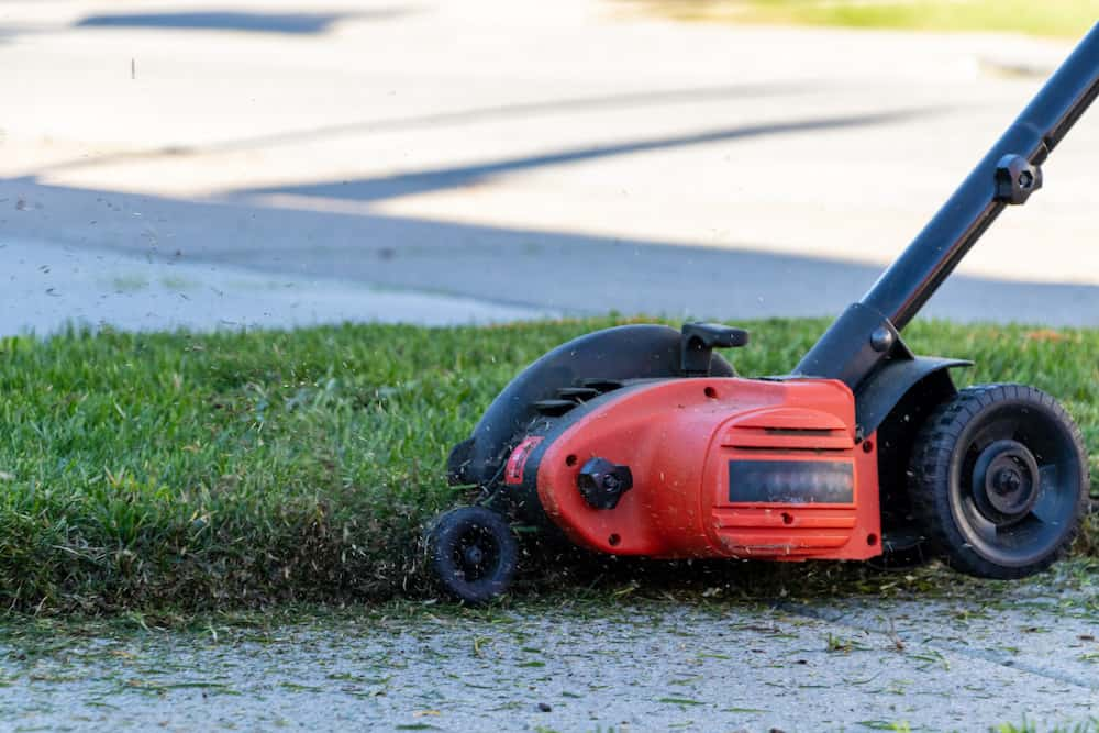 how to edge a lawn with an edger